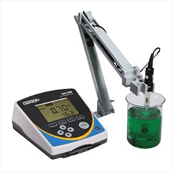 Meter with Software, Stand & NIST Traceable Calibration Report WD-35421-03 ION 2700 Oakton